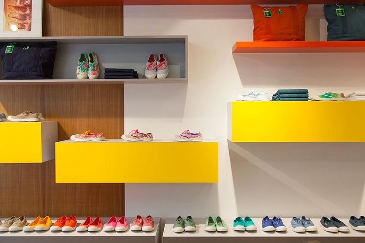 26 best les boutiques images on pinterest boutique boutiques and clothing boutiques. Black Bedroom Furniture Sets. Home Design Ideas