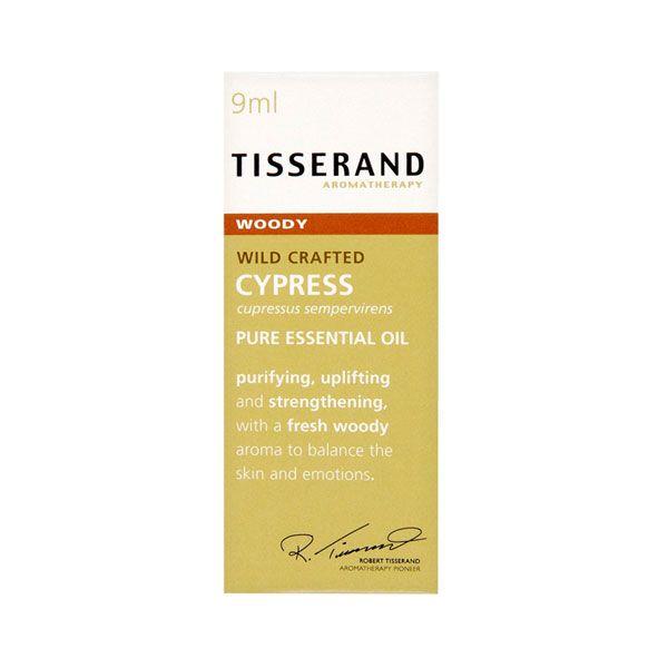 Cypress Æterisk olie er ideel til massage eller badet til at regulere huden og afbalancere følelser. Olien er en af de 12 hellige olier nævnt i Biblen. Læs mere om oliens egenskaber og brug på www.mimie.dk