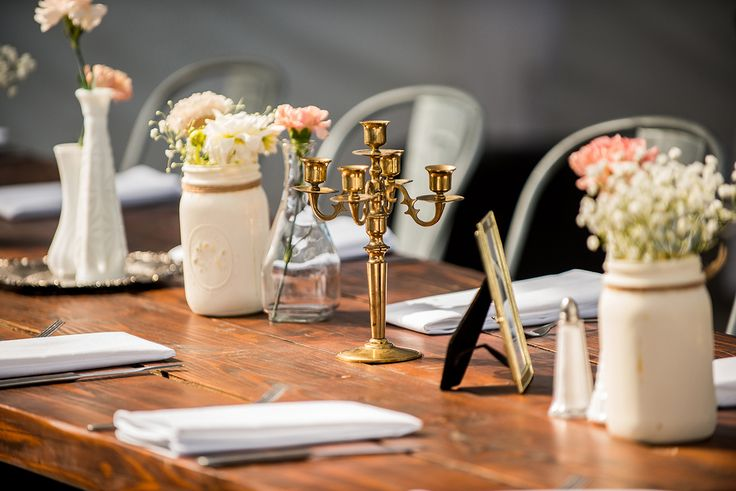 Soft rustic and vintage wedding decor