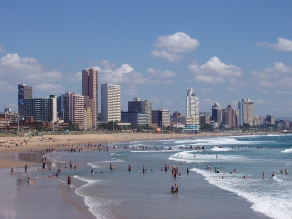 Durban ~ South Africa's most popular domestic tourist attractions for vacation. As one of the largest cities in South Africa, Durban has become attractive tourist destinations frequently visited many tourists from various countries. It lies around the coast, Durban has an interesting beach to visit. The waves were calm and clear water make the beaches in Durban as a favorite tourist spot in South Africa.