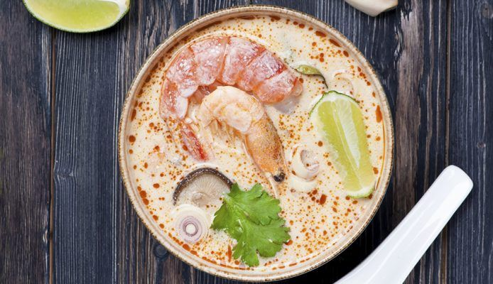 Culy ontdekt Thailand: stap-voor-stap recept voor traditionele Tom Yum Kung soep - Culy.nl
