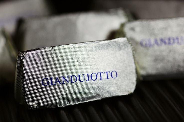 Guido Gobino, Cioccolato Artigianale http://www.gourmetitaly.com/en/products/chocolate-and-sweets/gianduiotto-classico-gobino-250gr.html