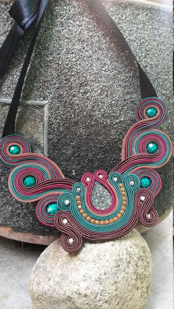 Collar Mariposa Soutache Hecho a Mano. от MyKmiAccesorios на Etsy