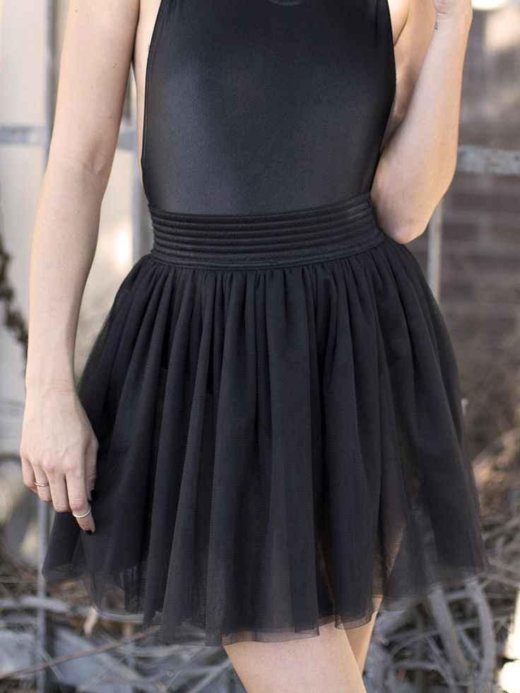 En Pointe Black Tulle Skirt – LIMITED (WW $99AUD / US $80USD) by Black Milk Clothing