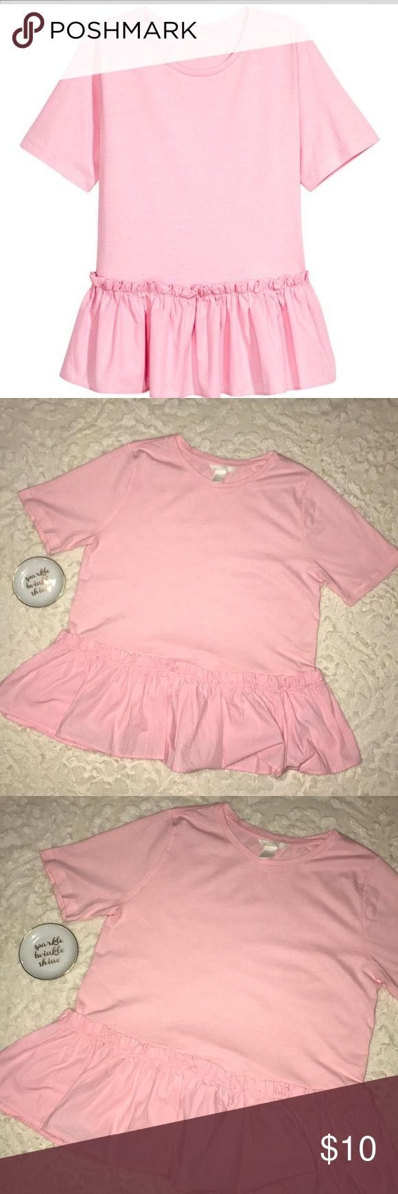 Ruffled/Flounce Pink Short Sleeve Top Short-sleeved top in cotton jersey. Seam at hem with wide flounce in woven fabric. 100% Cotton. H&M Tops
