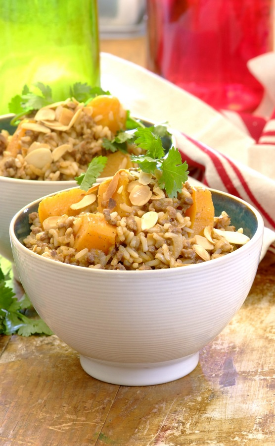 All-In-One Mince & Butternut Pilaf: an easy, delicious #family #dinner made with lean minced beef, rice, butternut, almonds and coriander.