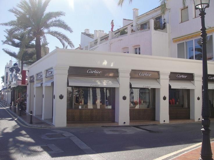 http://www.property-management-marbella.com/area-information/marbella-puerto-ban%C3%BAs/    Marbella / Puerto Banus, Costa del Sol