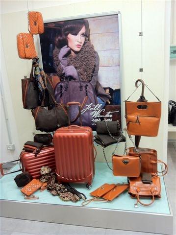L'arancione è il colore dell'energia e della vitalità...perfetto per affrontare l'inverno che sta per arrivare :)