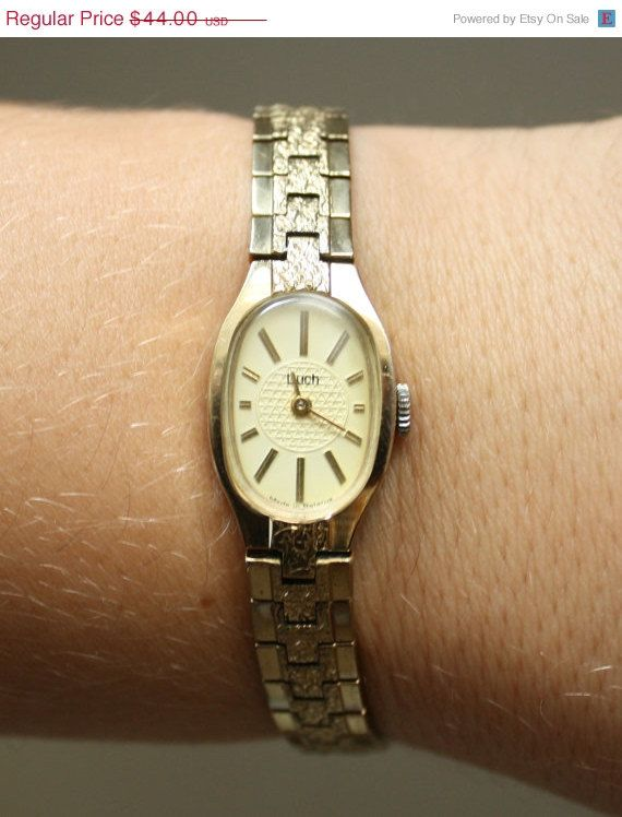 Ladies watch Luch womens wrist watch from Belarus Soviet, gold color