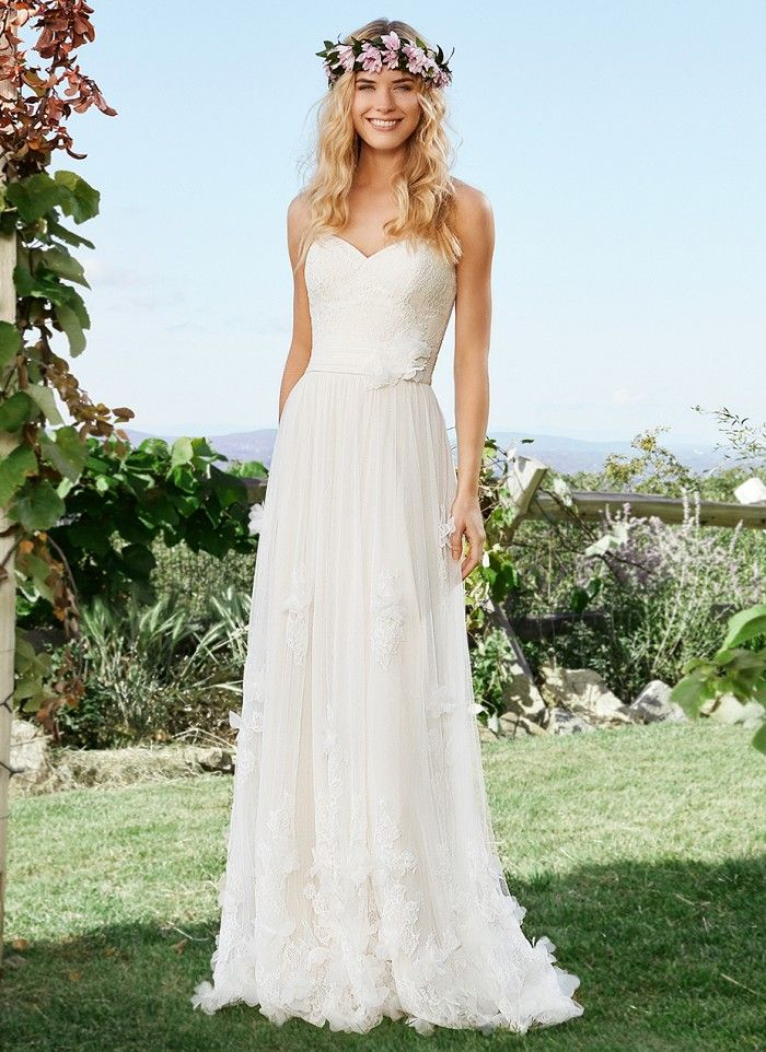 238 best Off The Rack Bridal Gowns *Clearance* images on Pinterest ...