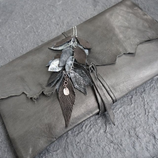 Leatherclutch,necklace(goatskin,paper) Made by UNNI HOFF
