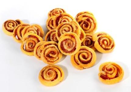 Ślimaczki z boczkiem. Kliknij w zdjęcie, aby poznać przepis. #ciasta #ciasto #desery #wypieki #cakes #cake #pastries