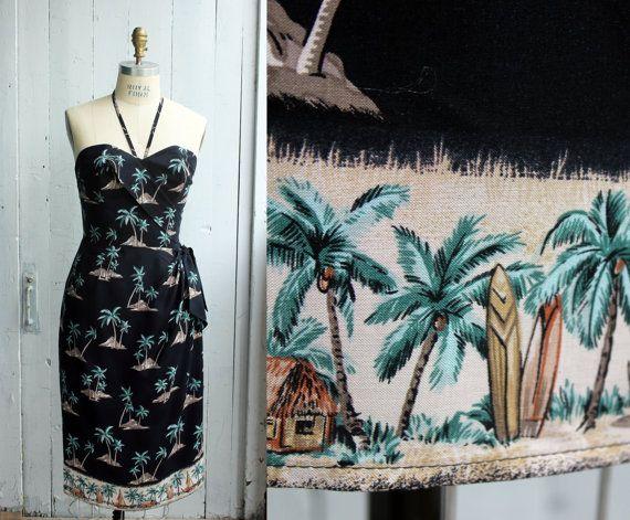 Hawaiian Sarong Dress  Rockabilly   Pinup  par OceanfrontBoutique