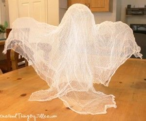 Super Easy! Super Scary! Spooky Floating Cheesecloth Ghost! :-)
