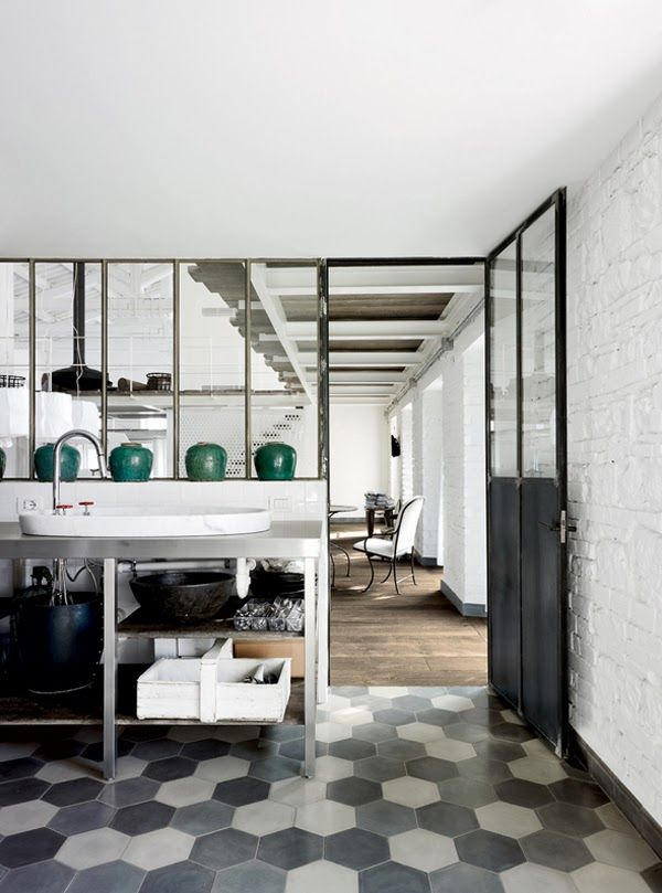 octogon + 3d #tiles. | A house designed by Paola Navone,