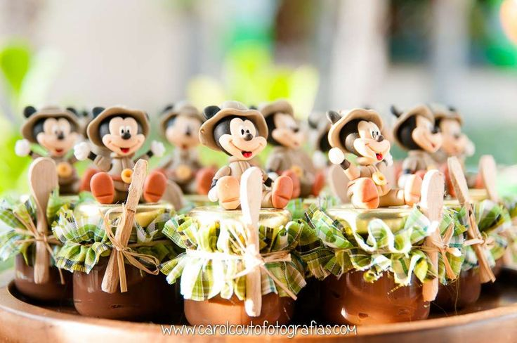 Mickey Mouse / Minnie Mouse Birthday Party Ideas | Photo 1 of 33