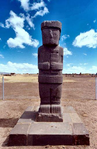 Cultura Tiwanaku Escultura Megalítica, piedra entregrampada