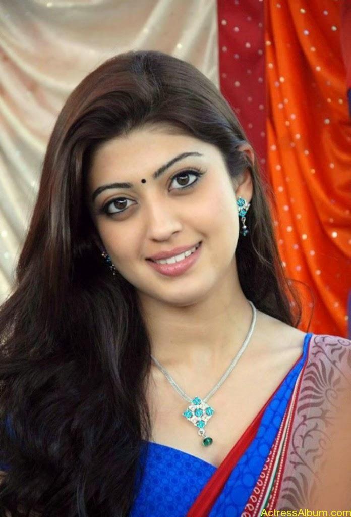 Kannada film actress Pranitha cute saree stills