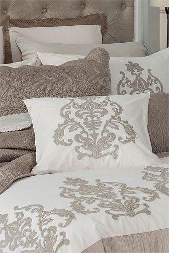 Home Decor - Luxmo cushion
