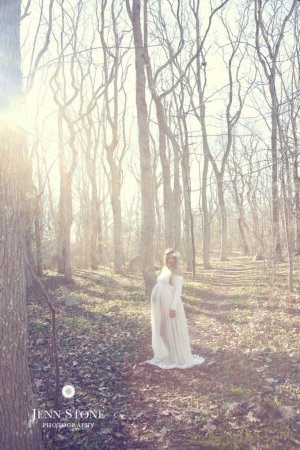 This maternity shoot was straight out of a fairy tale.  Bohemian meets woodland goddess.