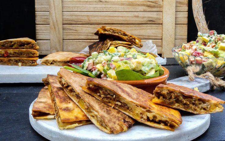 Mini kipgehakt Quesadilla's met oude kaas — Nigelvdhorst.com