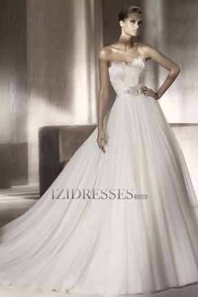 A-line Strapless Sweetheart Tulle Wedding Dress - IZIDRESSES.COM at IZIDRESSES.com