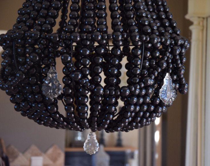 12 best lustre en perles de bois et pampilles images on pinterest wooden beads pendant. Black Bedroom Furniture Sets. Home Design Ideas
