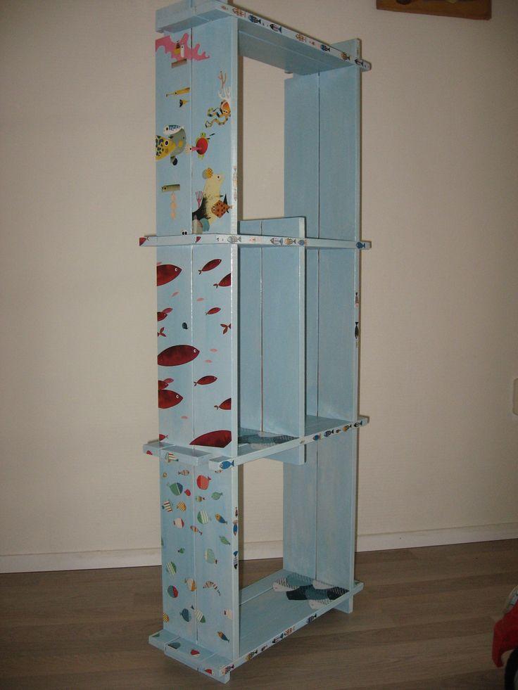 libreria acquario bimbi con decoupage