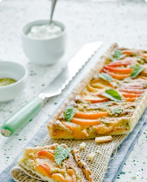 What's For Lunch Honey?: Apricot and Pistachio Frangipane Tart