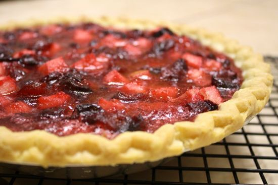5 ingredient Cranberry Pear Pie: Olive Oil, Organic Authority, Pie Recipes, Pie Crust Recipes, Cranberries, Organic Food Recipes, Holiday Desserts
