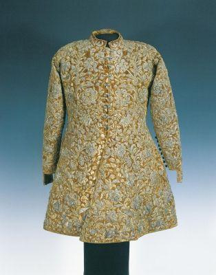 ca 1690. Coat from the wardrobe of Paul Esterhazy, hungary. Silve gilt thread, velvet, silver thread, pearl, silk fabric lining. Dolmány - Esterházy Pál ruhatárából
