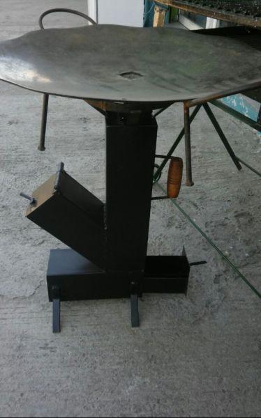 Vendo calentadores a leña/carbon para discos de arado. Son nuevos y se pueden ver y retirar por Pilar o José C. Paz (local a la calle)  ...124262552