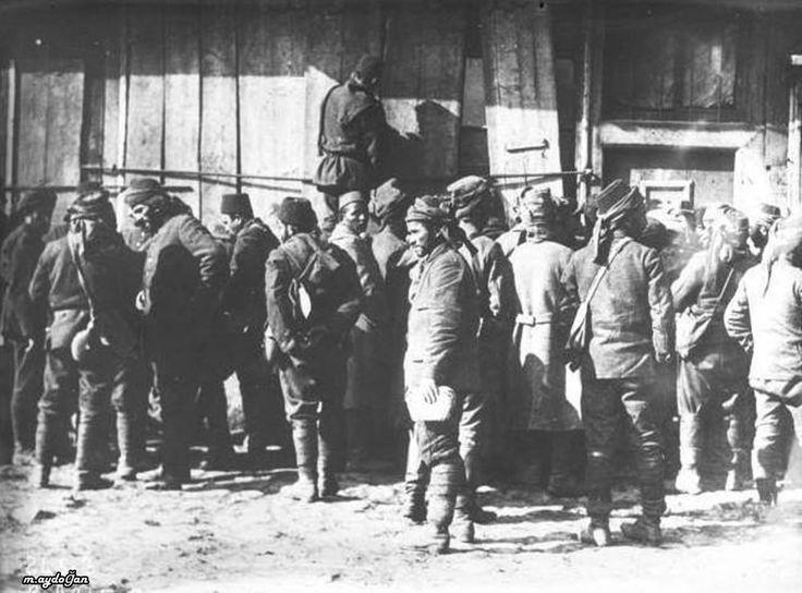 Balkan Savaşı,seferberlik ilan edilmiş ve birliklerine gitmek için toplananlar.Trakya.Fransa Arşivleri