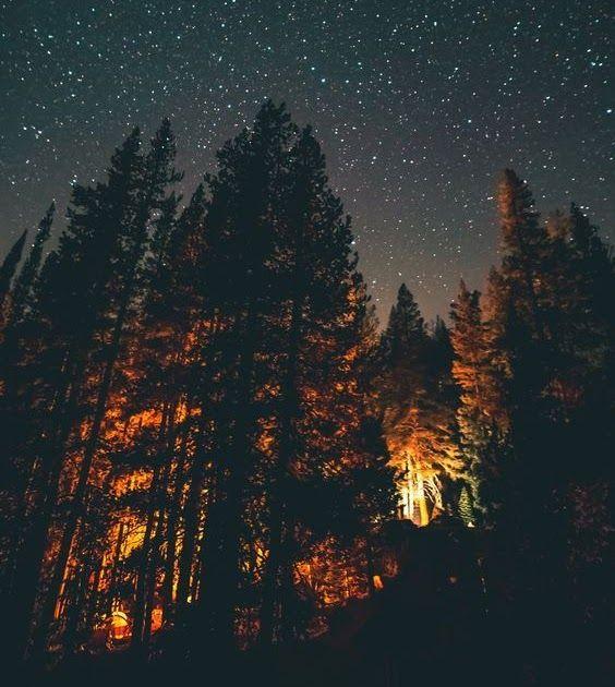Fantastis 30 Foto Wallpaper Pemandangan Hd Wallpaper Pemandangan Alam Pemandanganalam Segar Night Download Us 8 8 Di 2020 Pemandangan Fotografi Alam Langit Malam
