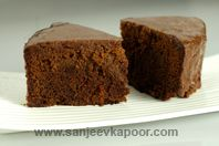 Chocolate Mud Cake: Notwithstanding the name, this delicious cake simply oozes with chocolate - See more at: http://www.sanjeevkapoor.com/chocolate-mud-cake.aspx#sthash.CDKCLFbV.dpuf