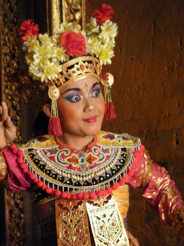 Legong dancer, Ubud Palace, Bali  © Judith Sylte, 2001.