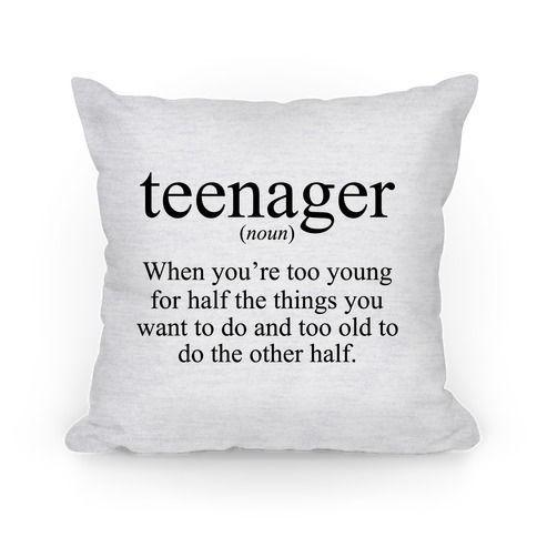 Jugendlich-Definition Zierkissen   LookHUMAN Originalkunst auf doppelseitig bedruckten Kissen aus 100% gesponnenem Polyester aus recycelten ...