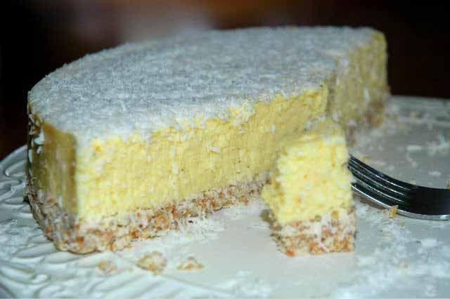Nepečený kokosový dort