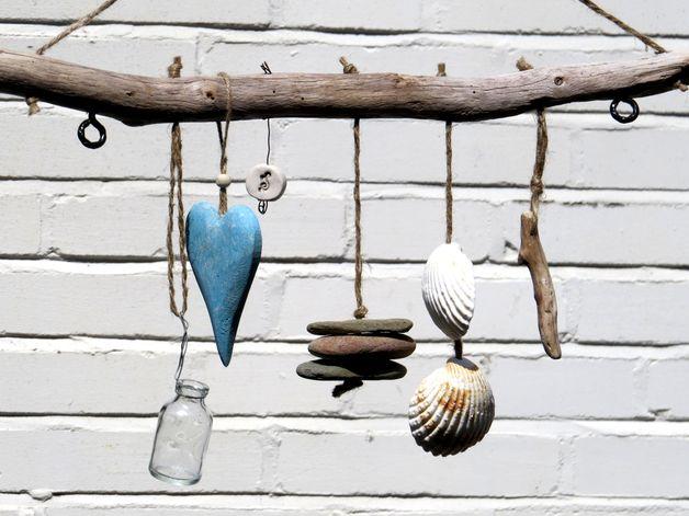 treibholz wanddeko mit glas herz steine muscheln beach. Black Bedroom Furniture Sets. Home Design Ideas