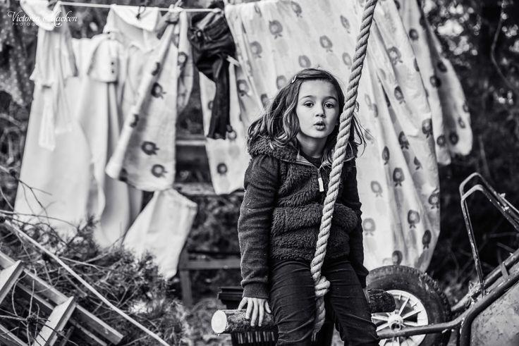 Rope swing #childhood #portraits #photography
