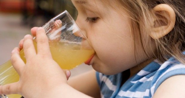5 Easy Steps To Making Homemade Apple Juice | Off The Grid News