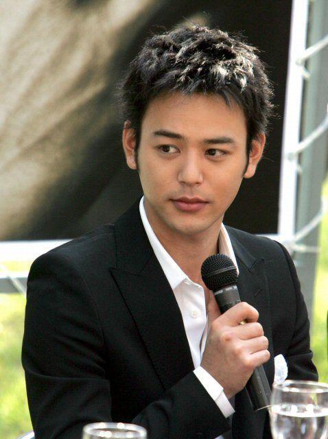 Satoshi Tsumabuki - Google Search