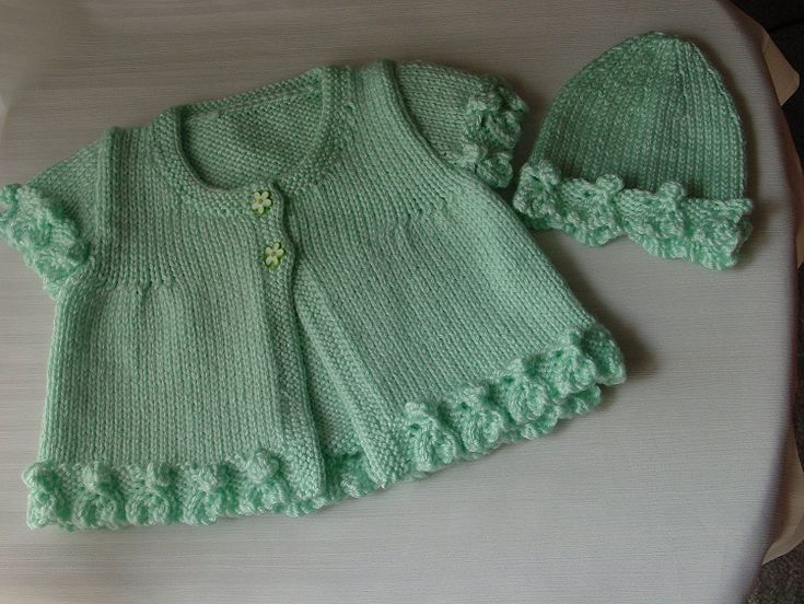 green vest and beret knitting pattern baby girl