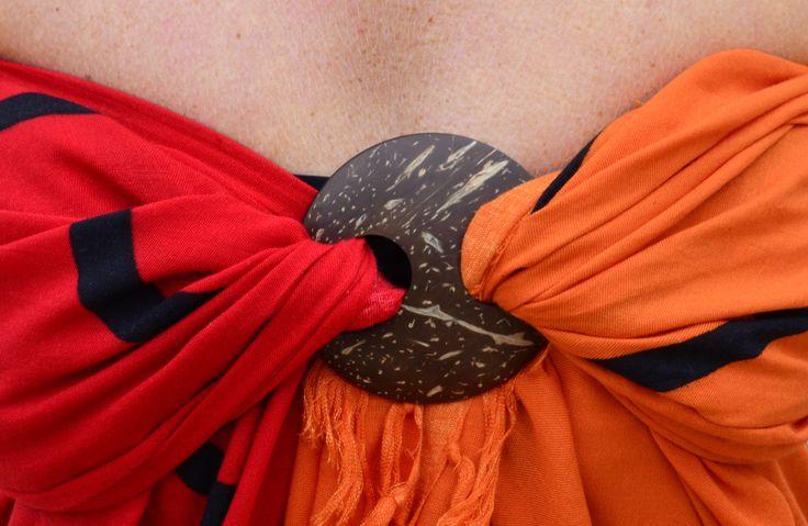 Danga (Dutch Canga) tulpen in rood-oranje (100% viscose) detail www.bbeachi.nl