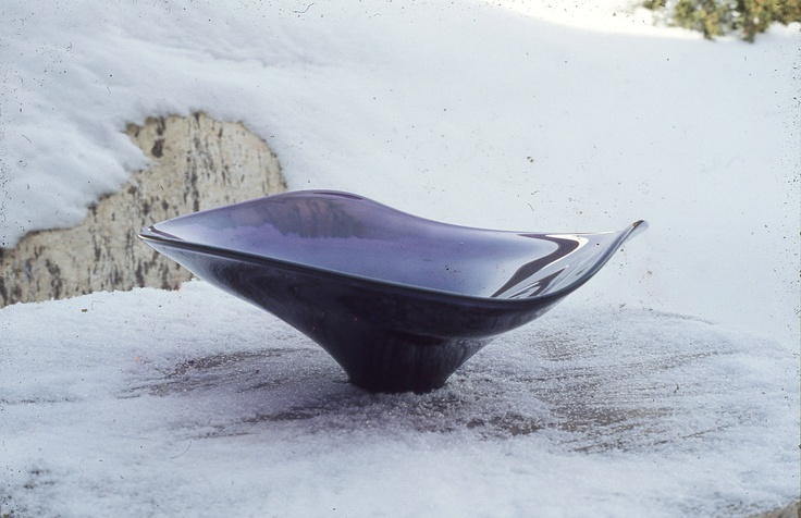 Blown footed bowl
