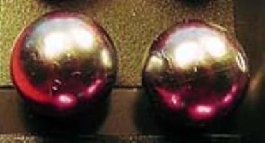 Üveggyöngy fülbevaló gyöngyház-ezüst 0,8 cm - Betűzős fülbevalók - Fülbevalók - Ékszerek-Hajbavalók - Rea Tex Kézimunka Webáruház