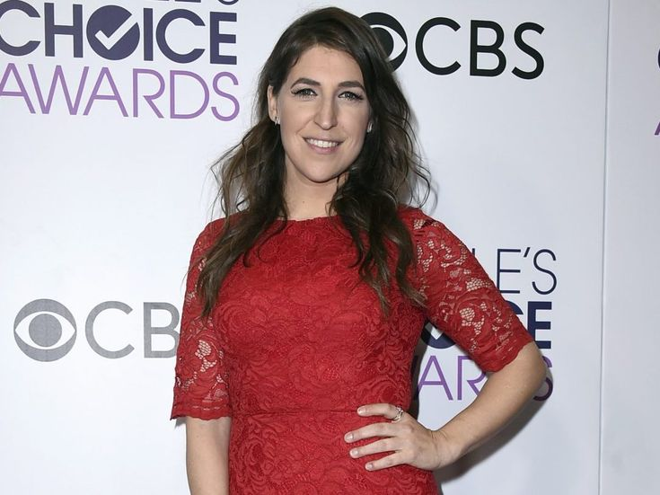 Mayim bialik struggles to cope with breakup as holidays