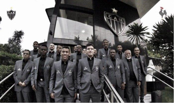 hhttps://www.vavel.com/br/futebol/atletico-mg/762822-atletico-mg-divulga-lista-dos-30-inscritos-para-a-fase-de-grupos-da-taca-libertadores.html  Atlético-MG divulga lista dos 30 inscritos para a fase de grupos da Copa Libertadores