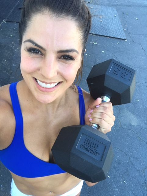 CrossFitter Jackie Perez trains with IRON COMPANY rubber hex dumbbells
