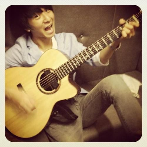 Dạy đàn guitar tại nhà: www.daydanguitar.vn